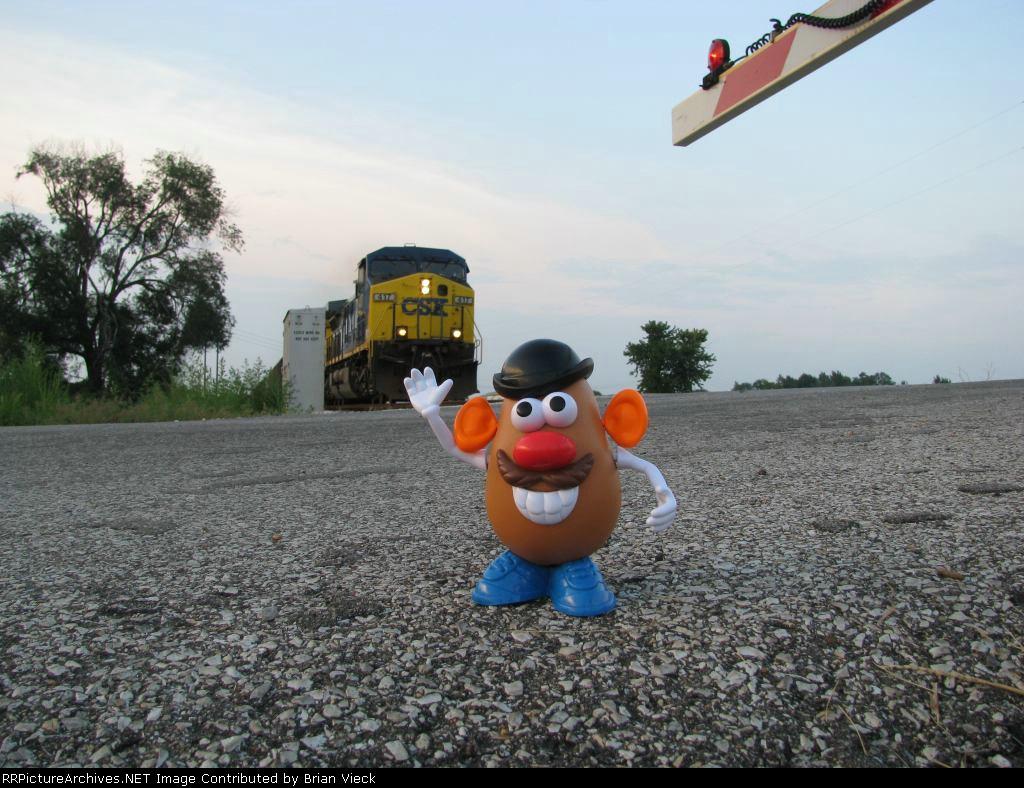 Mr. Potato Head is a railfan !