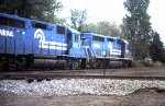Conrail GP-40s 3208 and 3215 at NP diamond heading for Carson