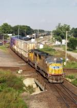 Southbound UP Intermodal Train
