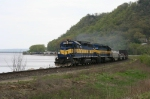 DME 6365 along the Mississippi River