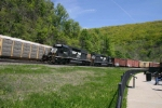 Action at HSC as NS 3359 is on the tail of a freight heading towards Altoona, PA.