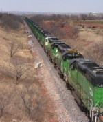 A mile of Green SD 40s