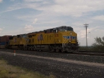 UP 7878 leads an EB doublestack at 12:34pm