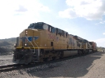 UP 7668 leads an EB doublestack at 4:31pm