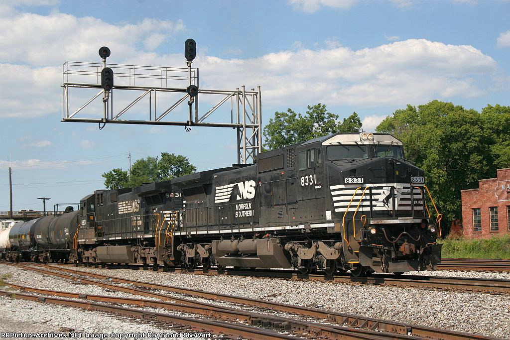 NS 8331 on the point of G-38