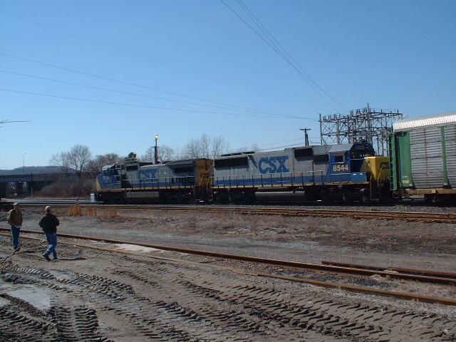 CSX Train departs Queensgate yard