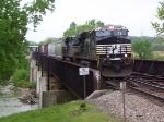 NS #7587 leading train #194 over the Scioto River Bridge