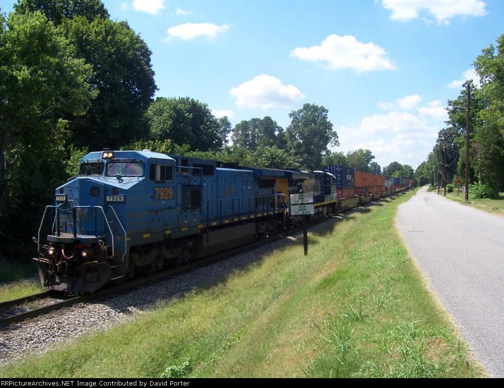 LMSX 7929 CSX 5489 intermodal. 360 axles, 7524 feet long.