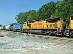 UP 9466 on train Q614
