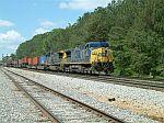 CSX 10 leads train Q182