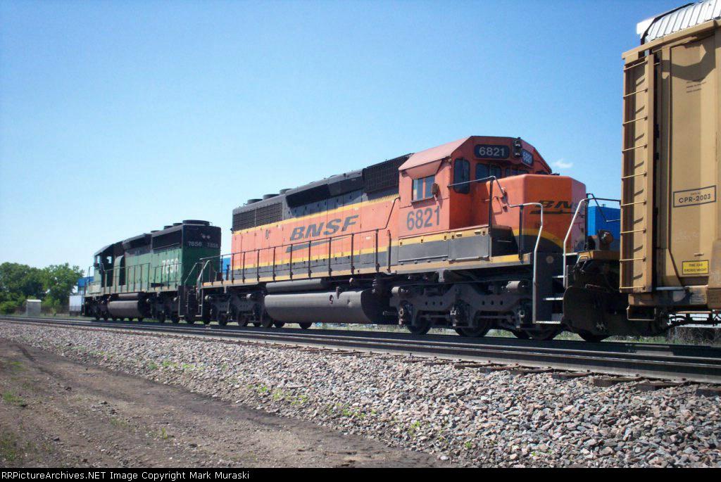 BNSF 6821