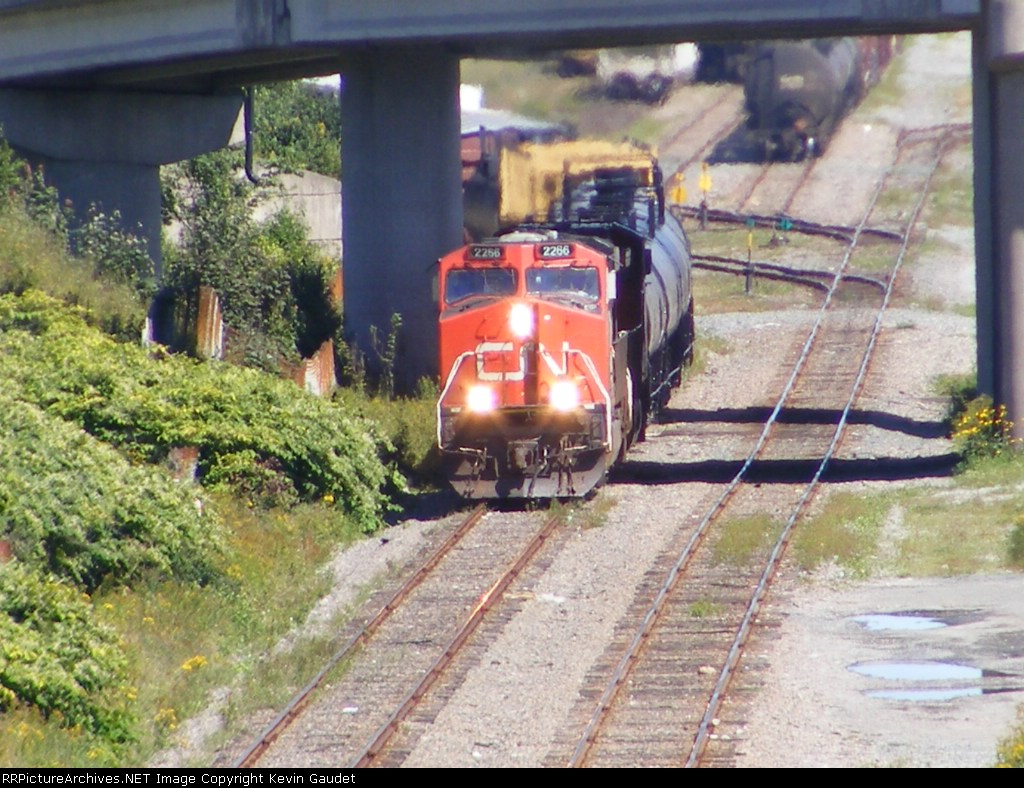 CN 406 arriving at Saint John