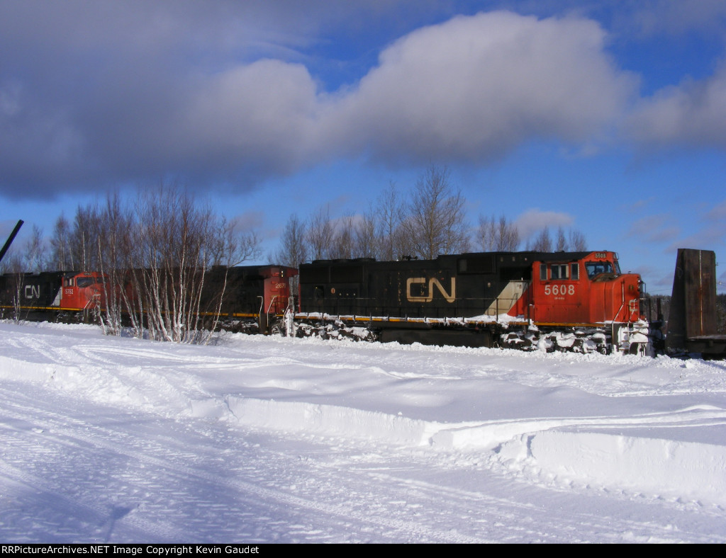 CN 305 at Berry Mills