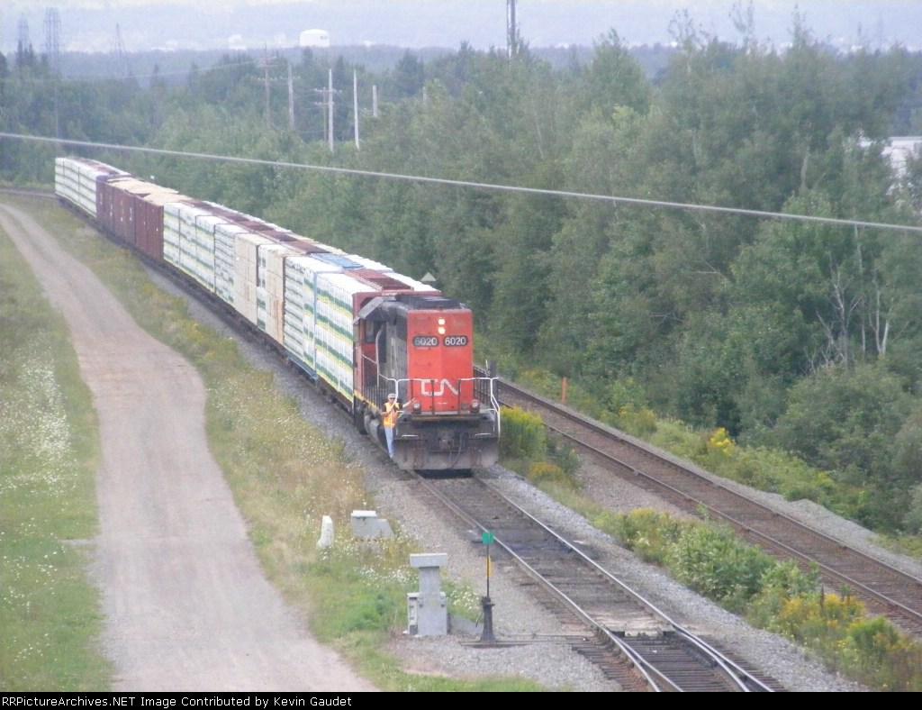 CN 536 arriving at Gort
