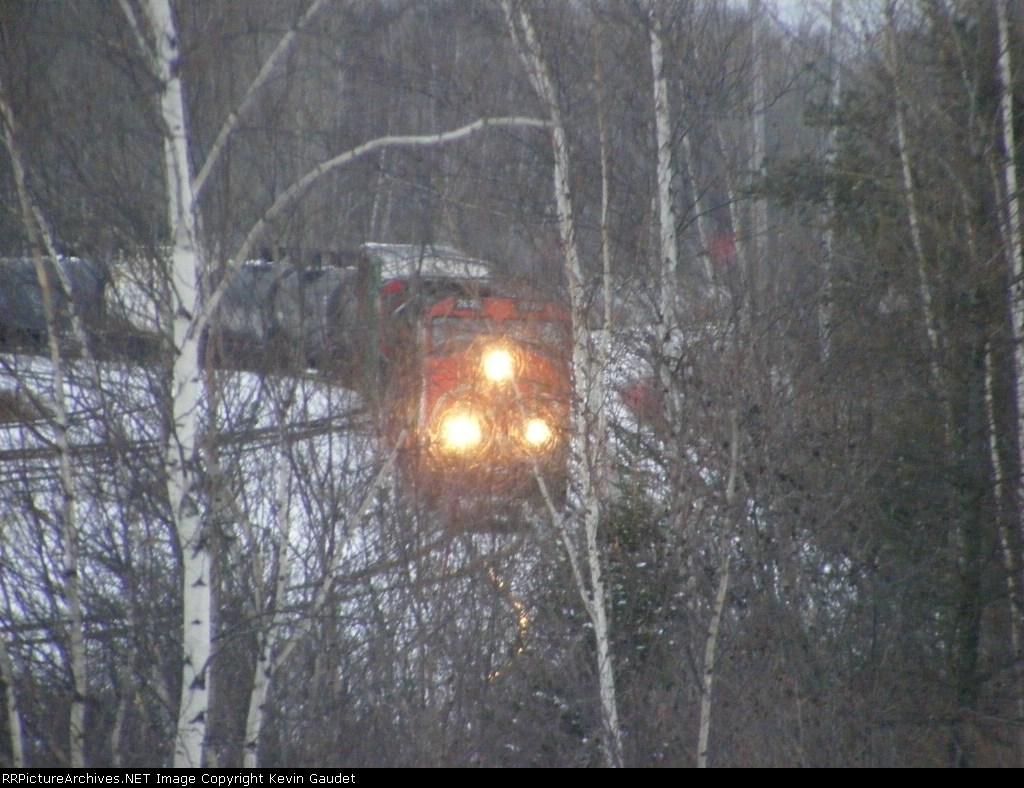 CN 405 arriving at Gordon Yard