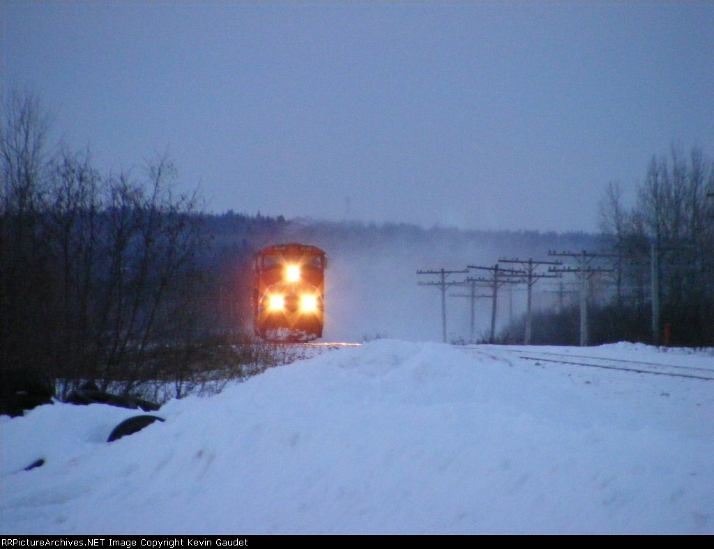 CN 120 at Memramcook w/ a nice snow shower