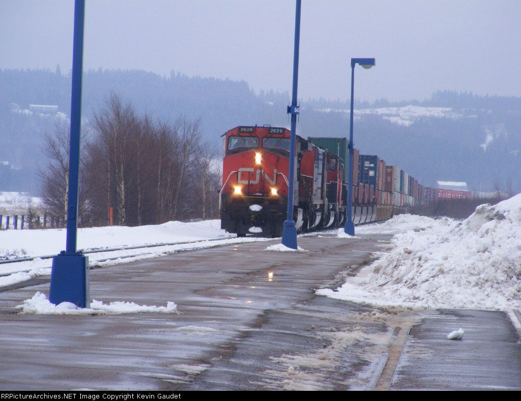 CN 120 passing Sackville station