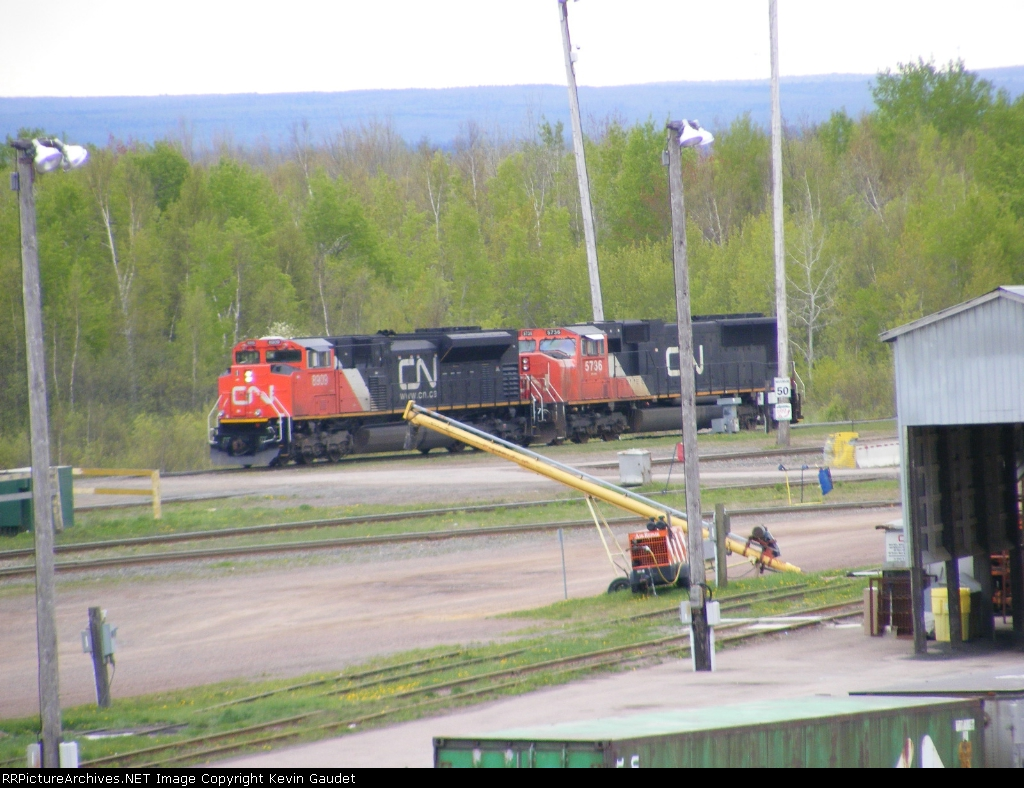 New engine in lead on 473