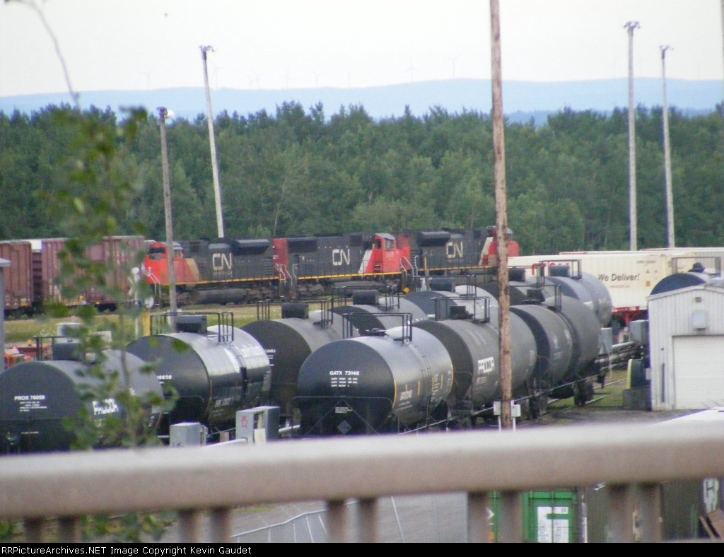 CN 308 entering Gordon Yard