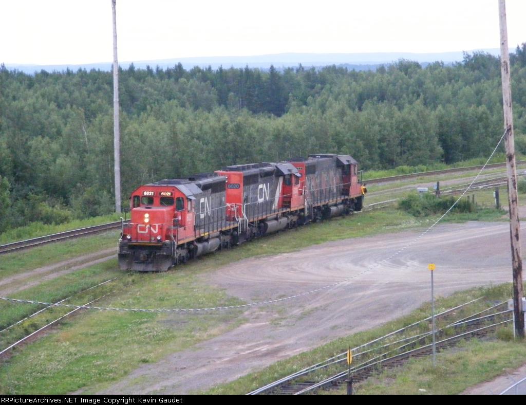 CN 473 at Gordon Yard w/ OLD SCHOOL power