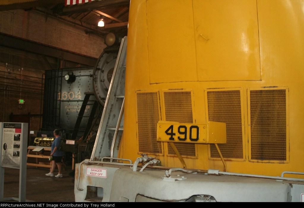 CO 490