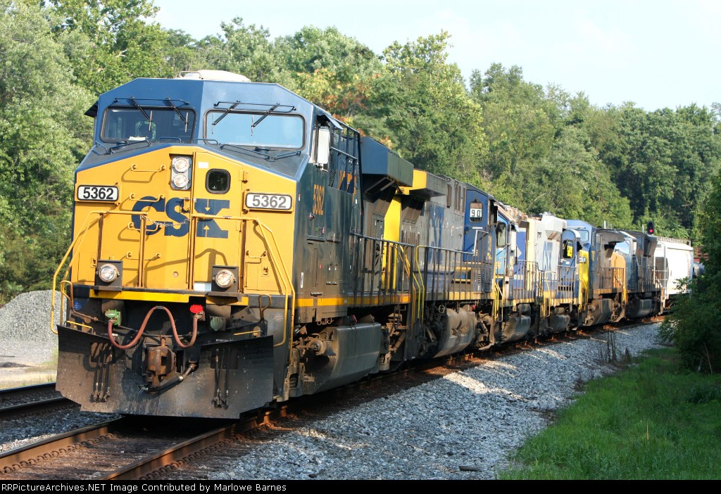 CSX 5362 and the Q417