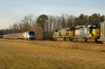 CSX 682 and AMTK 162