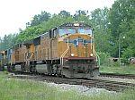 UP 4539 leads train Q614