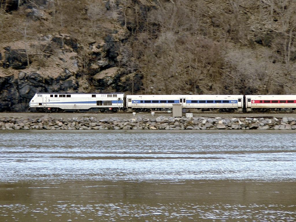 Metro-North In The Hudson Highlands