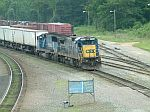 CSX 7566 on the point of an intermodal train