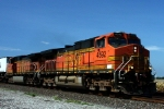 Closeup of BNSF 4592