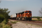 BNSF 7562 leads a eastbound intermodal train