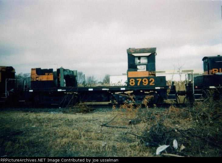 IHB 8792