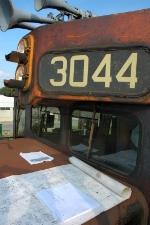 HRT 3044