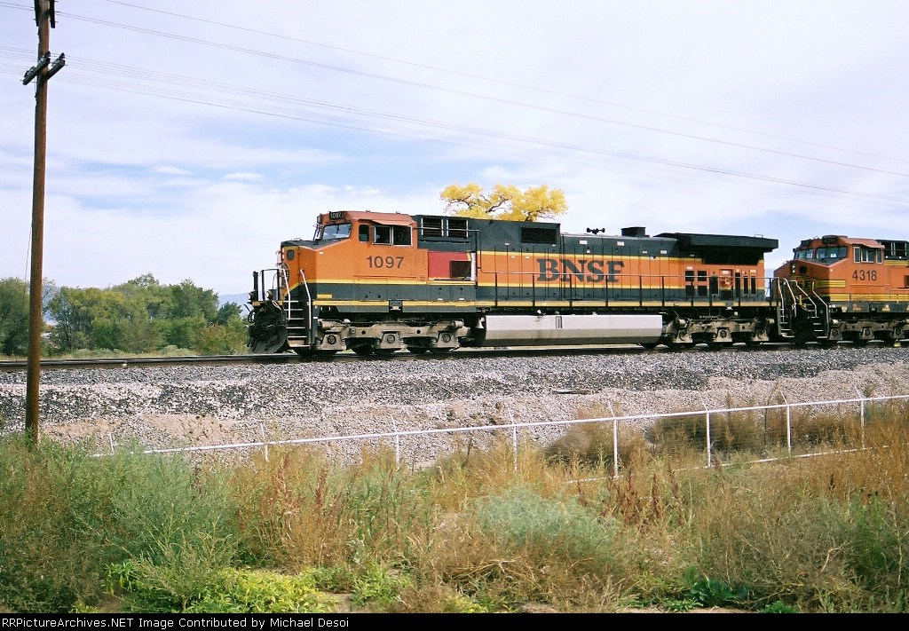 BNSF C44-9W #1097 leads a westbound at Mesa Rd.