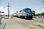 AMTK P-42DC #82 brings the eastbound Southwest Chief into Albuquerque at Woodward Road