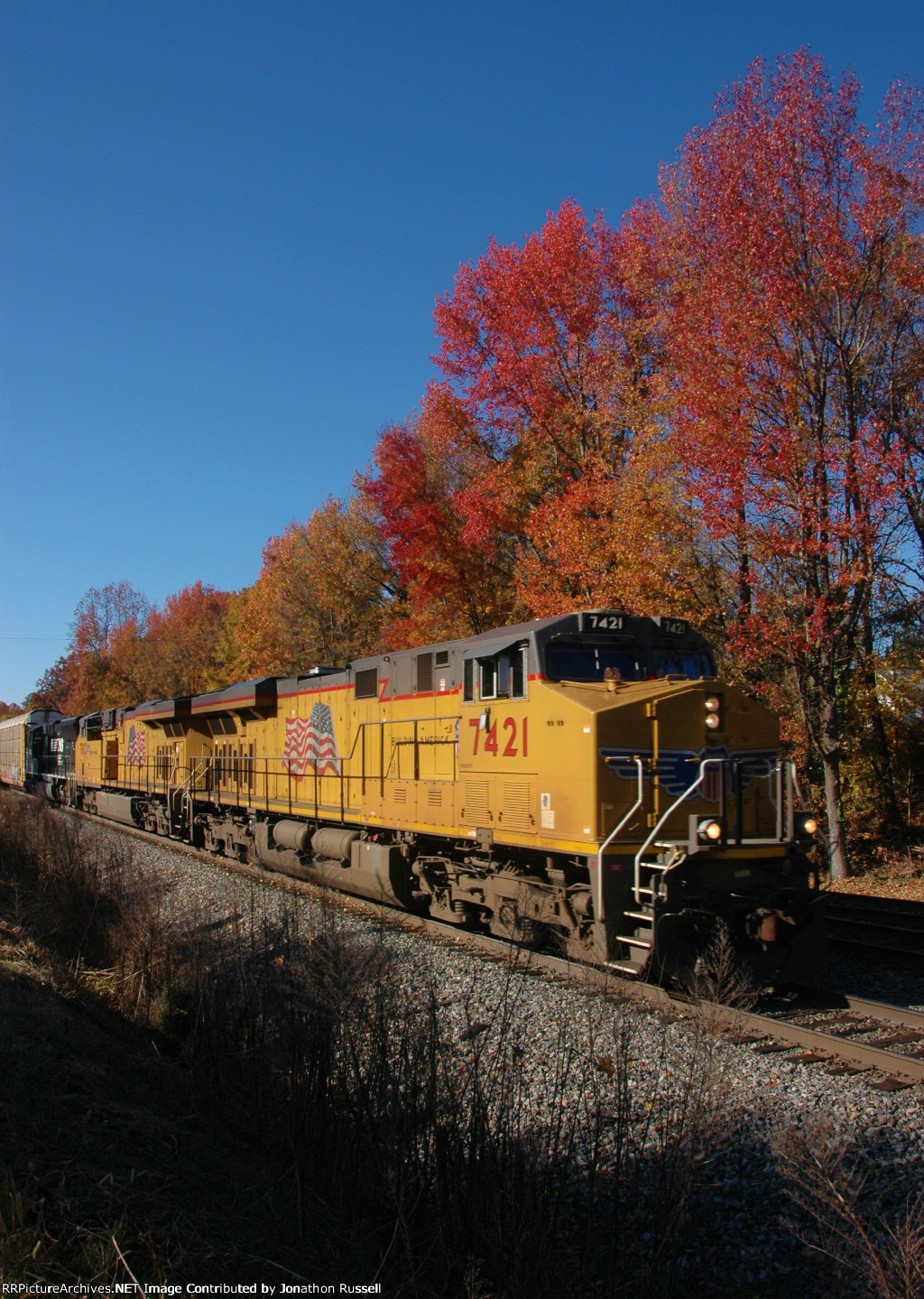 UP 7421 leads NS-214 @ Five Row