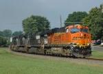 BNSF 6119 leads NS-173