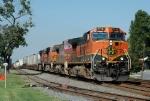 BNSF 1118 leads NS-213