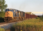 CSX 4772 & 4522 roll west with W080-08