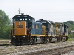 CSX 1301 leads the shove as Q326's power heads into the yard
