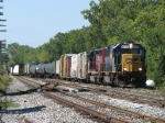 CSX 8555 & HLCX 6306 rolls into the yard with Q326-17