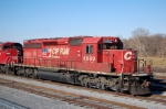 CP 5950 leads a train into River Yard