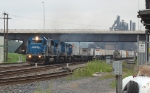 NS 6715 still in blue leads a westbound trailer train through CP-88