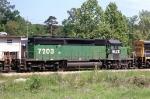HLCX 7203 on Q602