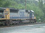 CSX 8640 leads train Q199