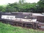 EFVM 1001 desdendo com cargueiro