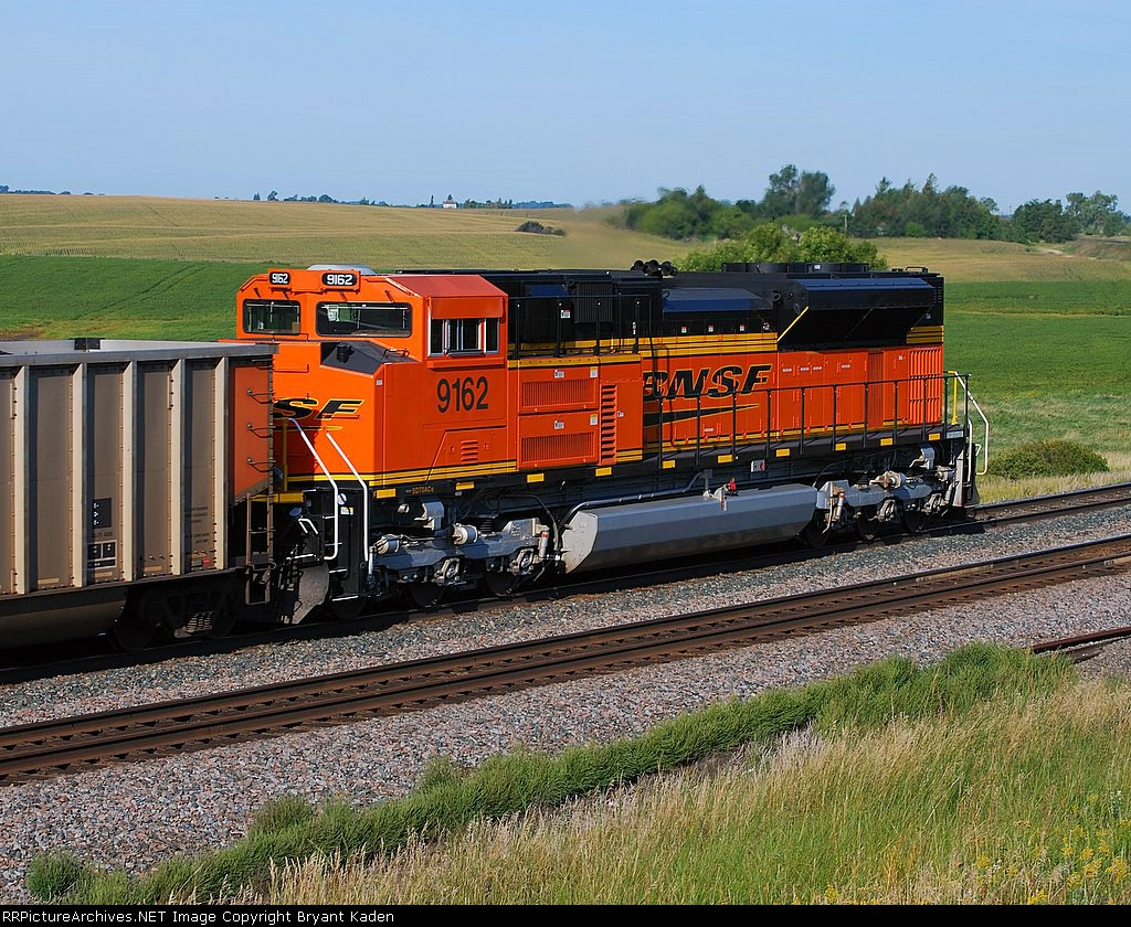 BNSF 9162