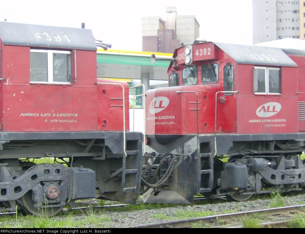 G22U 4391 x G22U 4392