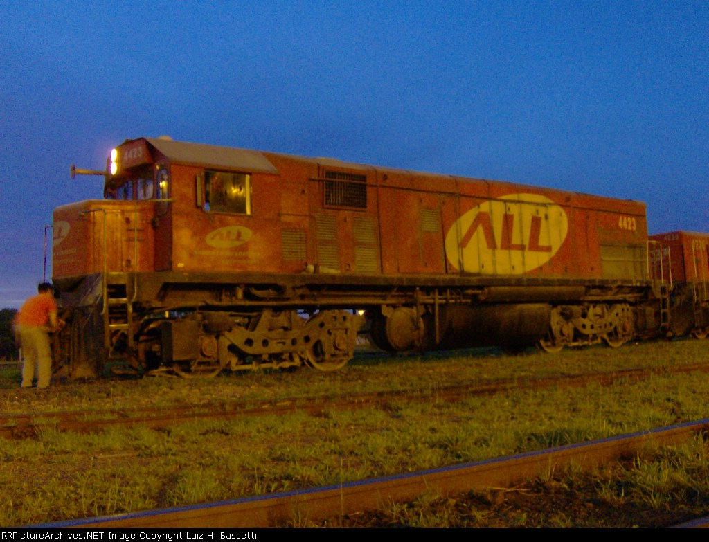 EMD G22U 4423